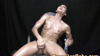 Muscle chick Aspen Rae quivering on her dildo