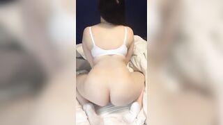 shaking ass - Ass
