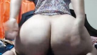 Large Butts: home made giant ass example