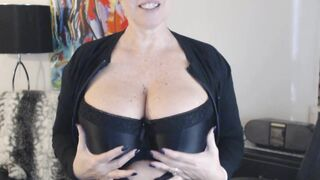 If you listen to the audio you will find out what I really like ?? there will be a part 2 xx 54yo  ?????? - Big Boobs Gone Wild