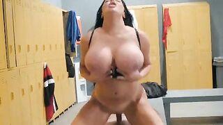 Huge fake tits fuck fuck