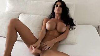 Dildo in bed - Bimbo