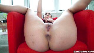 Butthole: Kelsi Monroe Rubbing Her Vagina