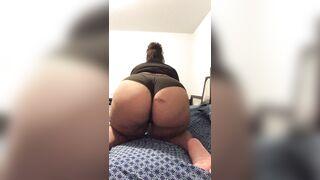 Quick booty jiggle - Big Beautiful Women